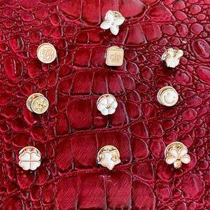 ✨Assortment of Fashion Pins Set of 10✨